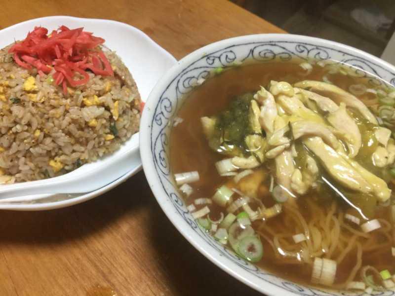 高菜ラーメンと塩辛チャーハン